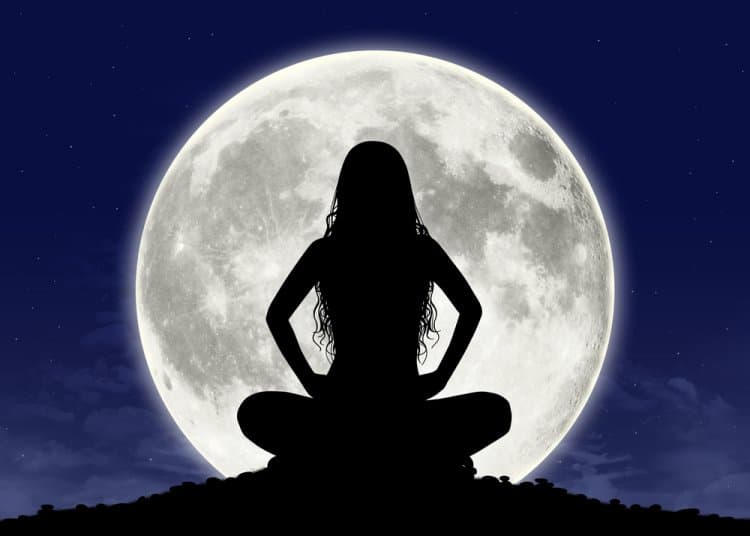 full moon meditation, universe, full moon ritual, moon water, how to meditate, be more patient, aquarius personality, life changing, how to change your life,